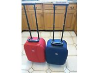 CABIN / WEEKEND CASES MATCHING, 1 X RED, & 1 X BLUE