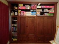 Restauration/peinture armoires de cuisine et salle de bain.