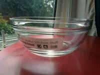 Large 26cm Wilko Glass Mixing Bowl