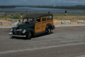 1939 Ford Deluxe Woodie Wagon