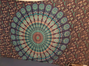 Nice tapestry with matching pillowcase never opened