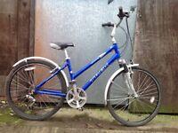 Trek navigator ladies commuter type bike