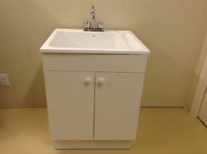 New Facto Laundry Vanity & Tub Kit
