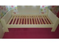 FREE single wooden bed