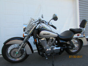 Beautiful Honda Shadow 750
