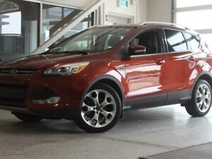 2015 Ford Escape Titanium-Moon Roof-Nav-Auto Park Assist