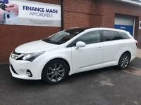TOYOTA AVENSIS 2.0 D-4D EXCEL 5dr (125) Sat Nav & Leather (white) 2013