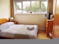 Double room is available to rent at Tower Hill and Shadwell. Close to Aldgate East 10 min