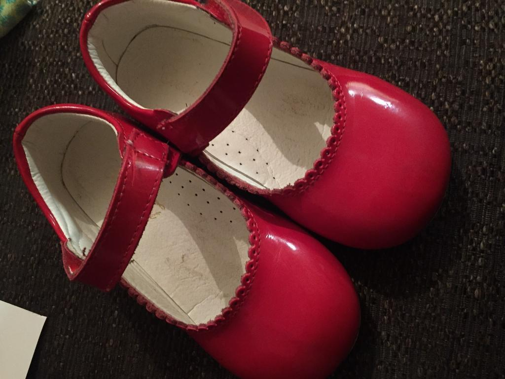 Red Couche Tot Spanish Shoesin Middlesbrough, North YorkshireGumtree - Red Couche Tot Spanish Shoes Size 28 / 10Couche TotLeather girls mary jane shoe with firm sole .Also got beige and pink for sale Used £10 a pair or all 3 for £25