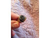 9ct gold onyx ring