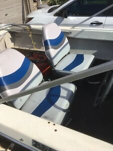 2 As New Boat seats with pedestals