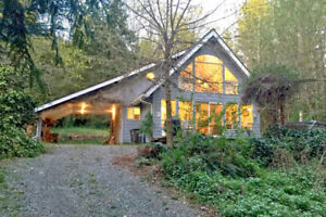 Mt. Baker Lodging - Cabin #39 - HOT TUB, BBQ, PETS OK, SLEEPS-6!