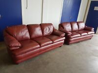 ITALIAN BURGUNDY LEATHER LOUNGE SUITE 2 3 SEATER SOFAS SOFA SETTEE DESIGNER SET DELIVERY AVAILABLE