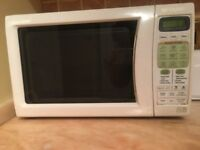 Sharp R-252 Microwave, Fully functional, in good shape, White