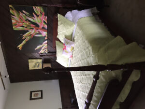 Mahogany for poster bed with mattress
