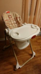 Chaise haute bébé enfant