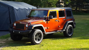 2014 Jeep Wrangler Unlimited Sport With Upgrades !!