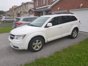 2009 Dodge Journey SXT  Low Kms as is