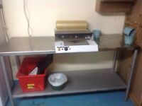 Commercial stretch sealed with hot plate