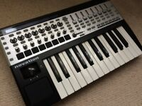 Novation SL MKII 25 Midi Controller Keyboard