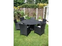 Lovely rattan style garden furniture / table and 6 chairs