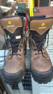 Size 12 Terra work boots