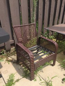 4 large patio chairs