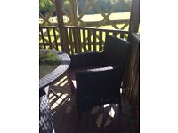 Patio Furniture - 4 Seats - Black Wicker with Table
