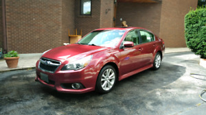 RARE 6SPD MANUAL SUBARU LEGACY TOURING - MINT, HWY KMS!!