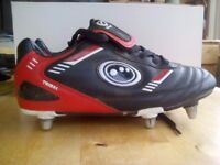 Rugby boots size 5.