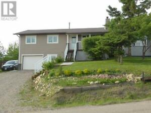 House for sale in Dawson Creek overseeing the City (MLS #166878)