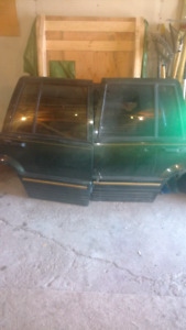 Jeep grand cherokee laredo rear doors, hatch and bumper (green)