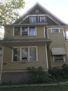 Cozy 1-Bdrm apartment in downtown Wpg perfect for short stay