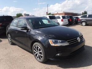 2016 Volkswagen Jetta Sedan Comfortline - Sunroof, Heated Seats