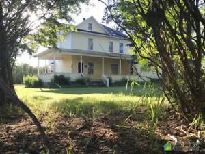 $382,900 - Acreage / Hobby Farm / Ranch in Mountain View County