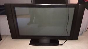"42"" flatscreen tv in working condition"