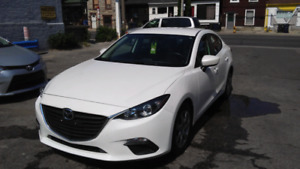 2014 Mazda 3  price to move! $13,900 on road