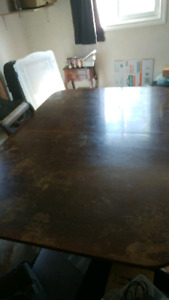 Double pedastal duncan phyfe table with 6 chairs