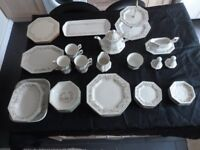 Eternal Beau Dinner Set - 40 plus items