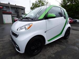 2013 SMART FORTWO ELECTRIC DRIVE (TOIT PANO, NAVI, BLUETOOTH!!!)