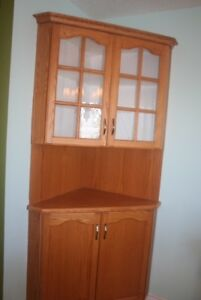 China cabinets excellent condition