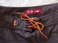 Gents brown Oakley shorts size 36