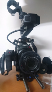 Canon c100 mark1 with full gear