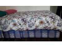 DOUBLE BED: BASE WITH MATTRESS