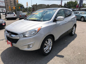 2011 Hyundai Tucson LIMITED AWD SUV...MINT CONDITION