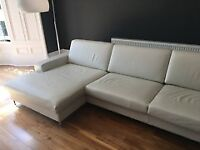 SITS Quattro Sofa in Leather with Chaise - a Contemporary, Statement Piece in Very Good Condition