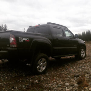 05-17 Toyota Tacoma Side steps