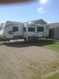 28' Puma Travel Trailer