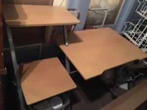 Desk and office chair CAN DELIVER FOR FREE