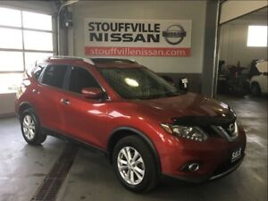 Nissan Rogue sv alloy wheels and heated seats 2014